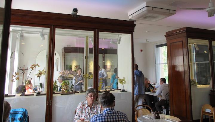 2b Kew Cafe